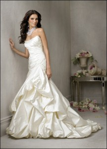 Избор на сватбена рокля