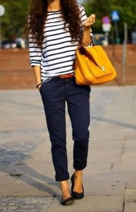 mullet-dressperfect-casual-outfit-navy-stripes-and-yellow